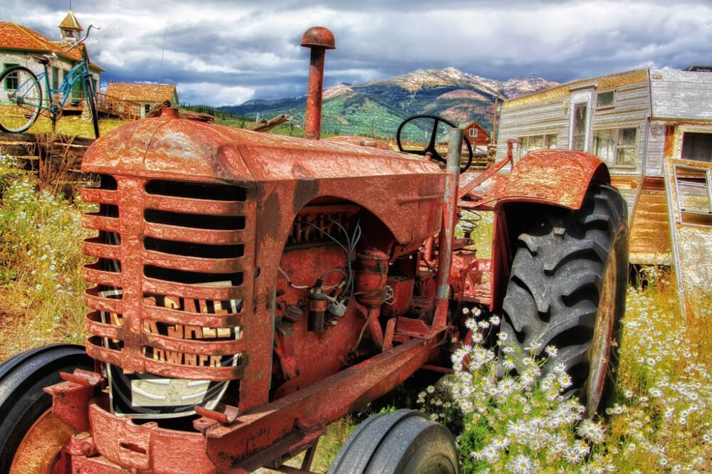 Zelf aan de tractor sleutelen